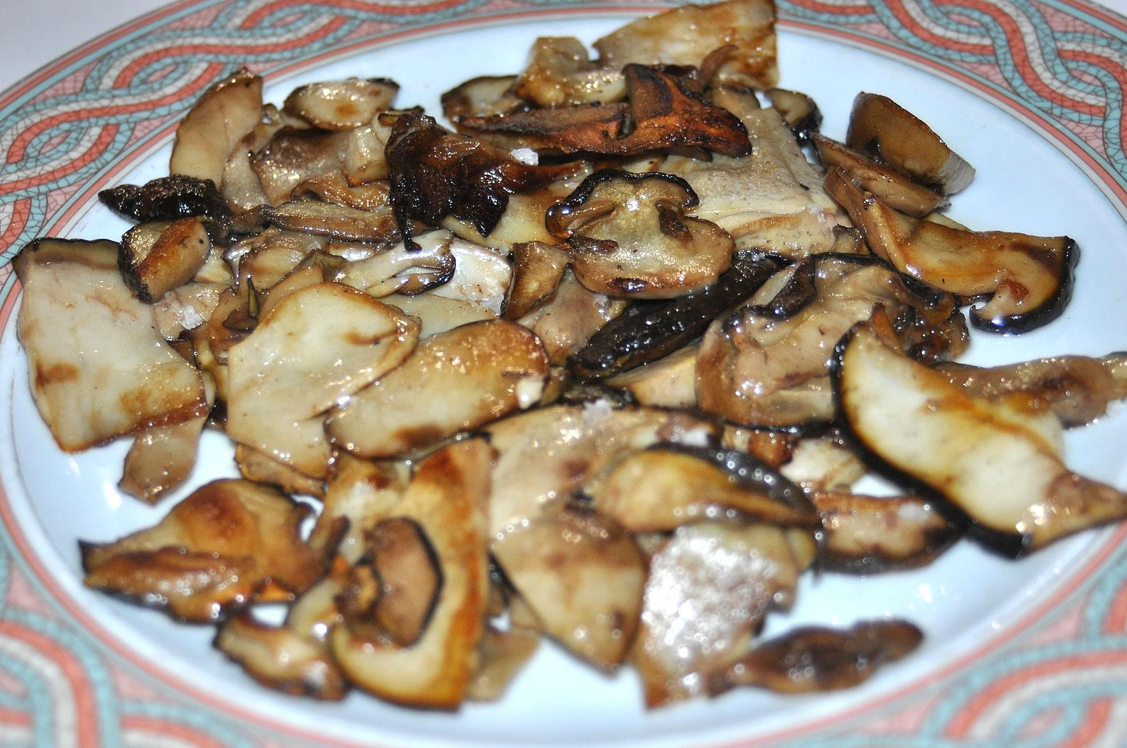 Restaurante Casa Garrido: Plato de Boletus plancha del Restaurante Casa Garrido (Soria)